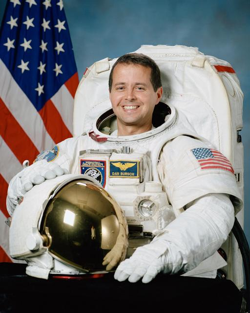 Astronaut Daniel W. Bursch, ISS Expedition Four flight engineer, NASA photo JSC2000-02899 (6 March 2000)Source: NASA Image and Video Library JSC2000-02899~small.jpg