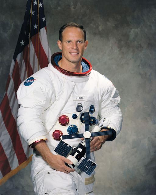 Astronaut Jack Lousma, NASA photo S71-52262 (1971 December 01)Source: NASA Image and Video Library S71-52262~small.jpg