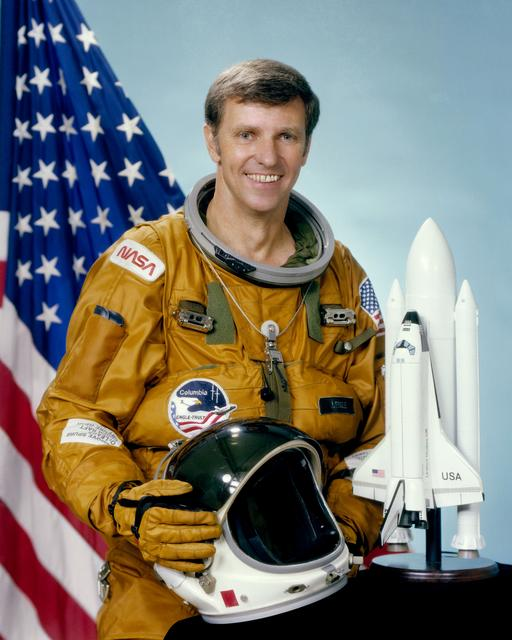 Astronaut Joe Engle, NASA photo S81-34642 (27 July 1981)Source: NASA Image and Video Library S81-34642~small.jpg