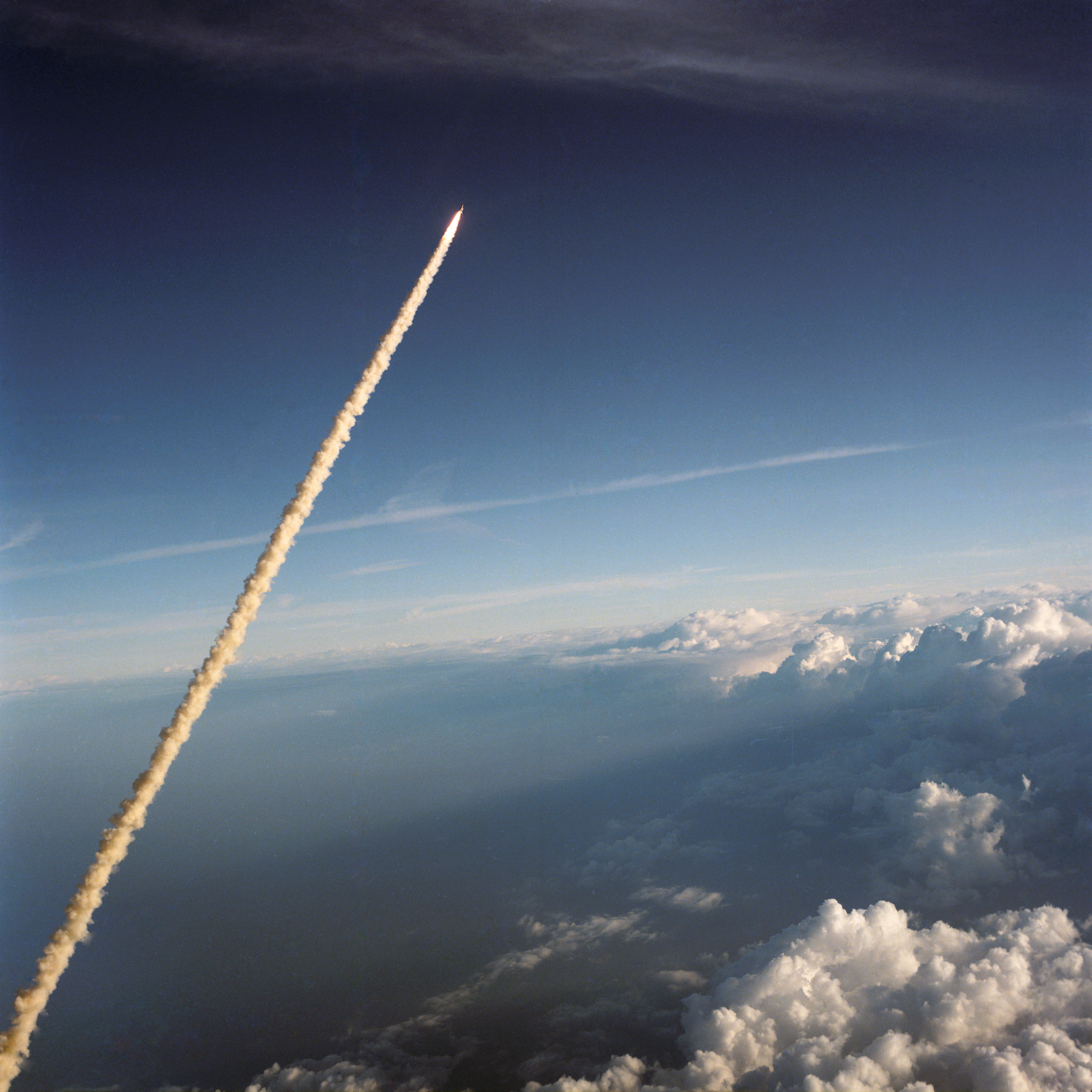 Challenger Roars Through The Florida Skies On STS-11/41B