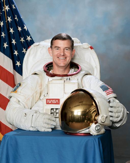 Astronaut James S. Voss, ISS Expedition 2 crew, NASA photo S95-14061 (13 July 1995) Source:  nasa logo NASA Image and Video Library S95-14061~small.jpg